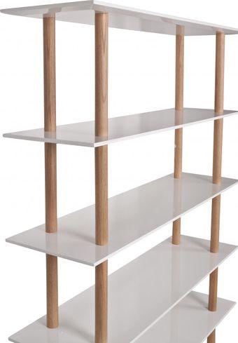 Boekenkast High On Wood Hoogglans Zuiver - LiL.nl